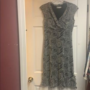 Dress for casual wedding or dress it up .